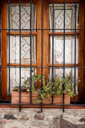 grates: window with grates