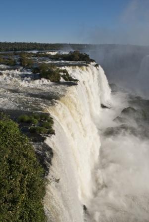 cataract falls: Iguazu falls, Argentina