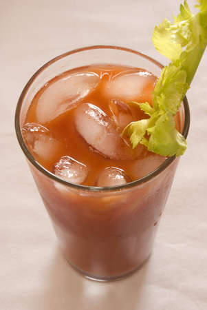tomato cocktail: Bloody mary pomodoro cocktail con sedano