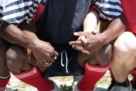 racismo: De la mano