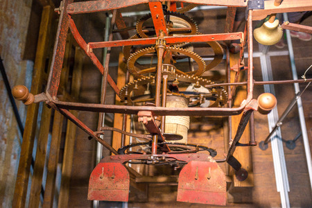 wallingford: Gear giant clock, bell, Chioggia, Italy
