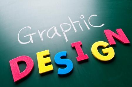 그래픽 디자인의 개념, 칠판에 다채로운 단어.