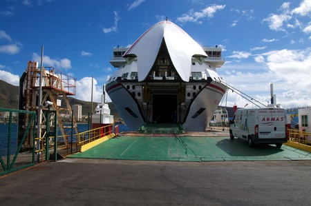 loading of the ferry from tenerife to la gomera