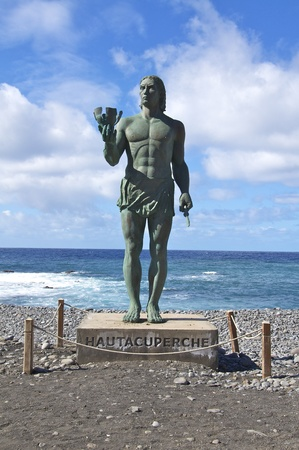 memorial to the natives of the canary islands