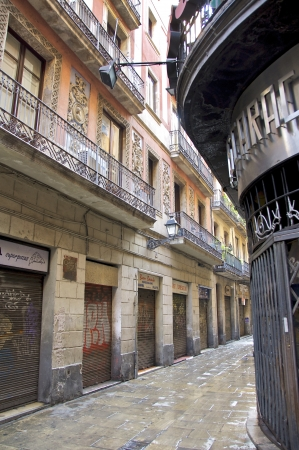 Narrow streets and alleys of the Barri Gotic, the old city of Barcelona Stock Photo