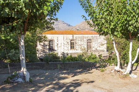 ida: Old greek House in the Village Vizari on Crete. The Village is located at the south side of the Ida Mountains on the old route to Rethymnon Stock Photo
