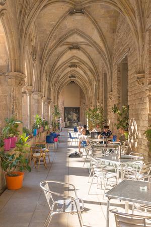 The cafeteria Bar del Convent in the former Cloister of Saint Augustin, in the Barcelona district La Ribera Banco de Imagens - 82907015