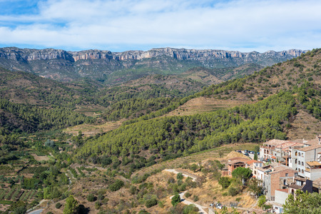 Torroja del Priorat is a small but significant village in the comarca priory, in the province of Tarragona. A famous wine growing area where the prestigious wine of Priorat and Montsant is produced
