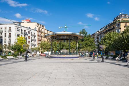 Bandstand at the public square Plaza Easo. Standard-Bild - 116663268