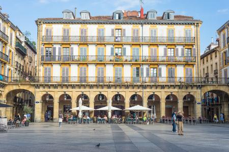 Plaza de la Constitution is a former bullfight ring Standard-Bild - 116663287