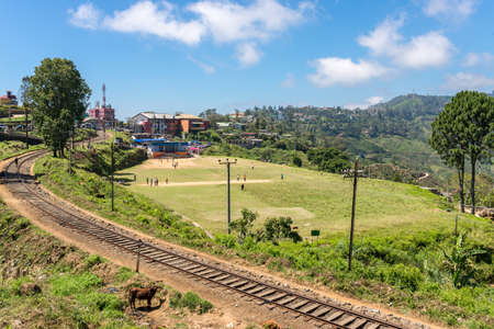 Cricket field a bit outside from Haputale, a small town in the highlands of Sri Lanka. Situated in the Uva Province, the city, surrounded by hills, forest and tea fields, has a rich bio-diversity Imagens
