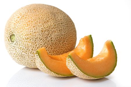 Fresh, juicy cantaloupe with slices ready to eat