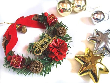Christmas wreath and golden ornament Stockfoto