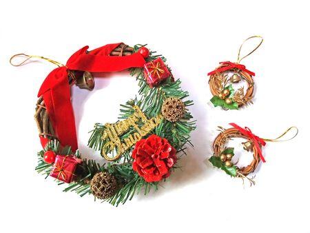 Big christmas wreath and little christmas wreath Banco de Imagens - 142949154