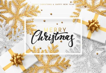 Weihnachtshintergrund mit Geschenken und glänzenden goldenen und silbernen Schneeflocken . Frohe Weihnachten Karte Illustration