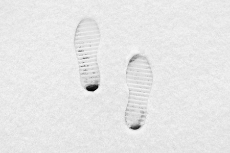 protectors: Traces from boots on snow shoe protectors