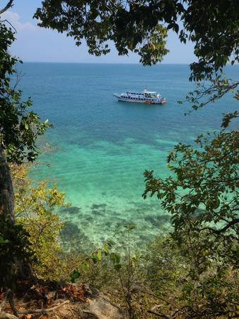ocean and sea: blue ocean sea view