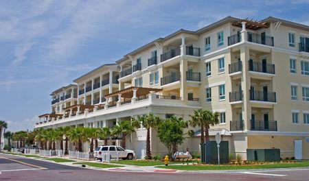 新しい、豪華なアパートメント、ビーチを近く 写真素材