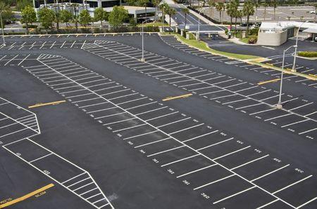 Grote genummerde ruimte parking van boven Stockfoto - 4906925