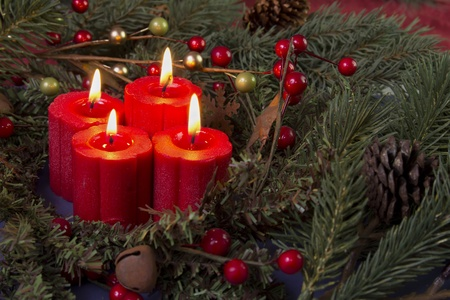 red advent candles and berries Stock fotó - 11095620
