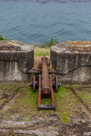 NIEBLA, CHILE - FEBRUARY 5, 2019: Cannons of the Niebla fort, Chile Reklamní fotografie