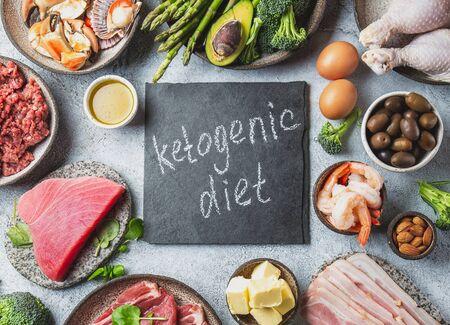 KETOGENIC DIET CONCEPT. Healthy low carb product background. Top view. Foto de archivo - 130165687