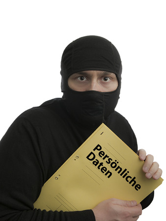 datos personales: Un ladr�n de datos con el archivo de datos personales alem�n