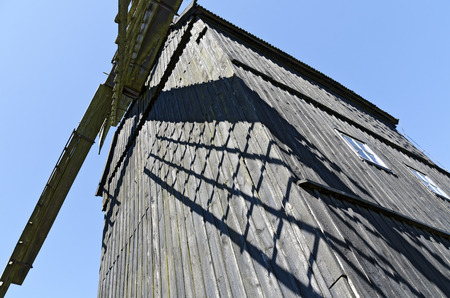 KLOCKENHAGEN, GERMANY -  JUNI 5, 2015: wooden wind mill at the museums village 報道画像
