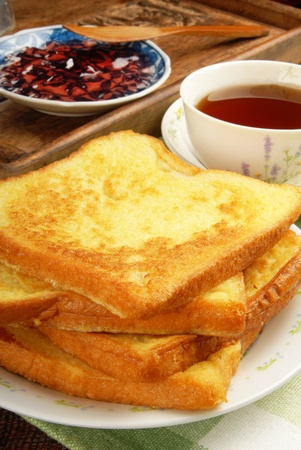 toast:  Eggy bread on the plate