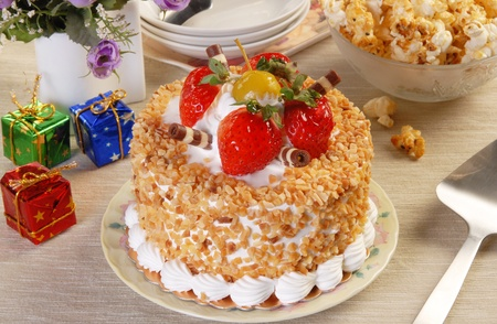 rightly: Strawberry cake on the birthday party