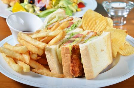 sandwich de pollo: Combo de s�ndwich de pollo