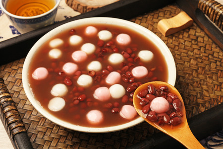 Red bean soup with rice ball 版權商用圖片 - 36500989