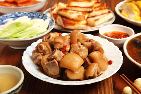 trotters: Chinese cuisine - Drunken pig trotters