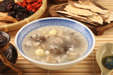 popular soup: Four flavor herb soup - A Popular Taiwan food