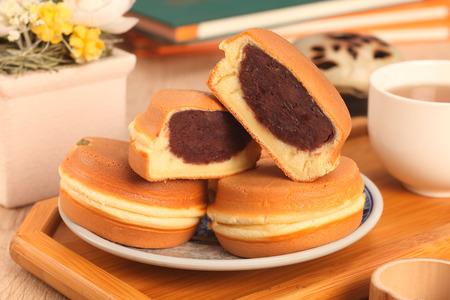 frijoles: Taiwan delicioso aperitivo - pastel en forma de rueda Foto de archivo