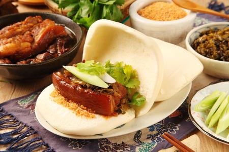 台湾の伝統的な食品 - Gua バオ (蒸しサンドイッチ) 写真素材
