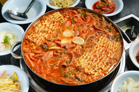 Budae jjigae hot pot