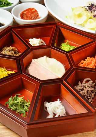 korean salad: Platter of nine delicacies, Gujeolpan, Korean cuisine