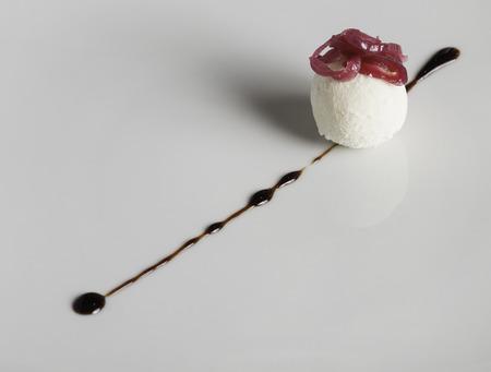 Ice-cream with red onion jam