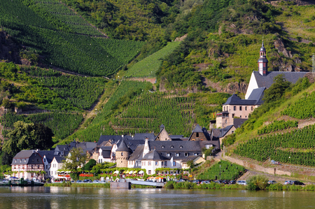 mosel: Village Beilstein at Mosel River, next to Cochem in Mosel Valley (Germany)