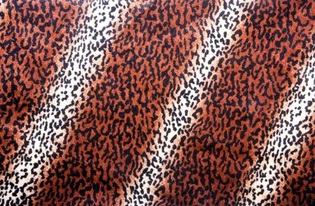 faux: modello di pelle di leopardo sul tessuto eco-pelliccia