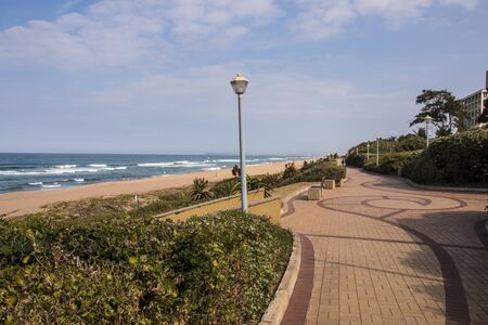 Patterns in paved walkway of promenade along seaside in umhlanga rocks, south africa Banco de Imagens - 131540648