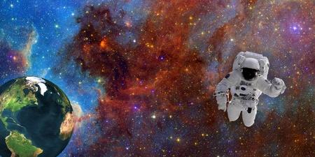zero gravity: Astronauta nello spazio