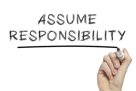 CRit à la main assumer la responsabilité sur un tableau blanc Banque d'images - 29170487