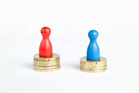 mra: Inverse wage gap concept with blue figure symbolizing men and red pawn women on white