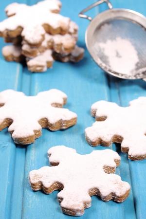 galletas de jengibre: Galletas de jengibre copos de nieve Foto de archivo