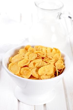 corn flakes: Flocons d'avoine avec du lait