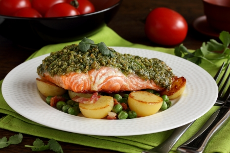 Salmon with a pistachio paste and vegetables