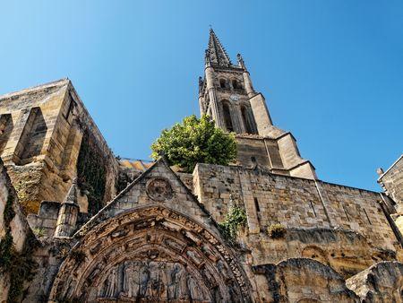 Saint Emilion village with its monolithic church