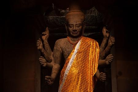 Vishnu statue s in Angkor Wat temple